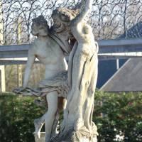 Handgekapte stenen tuinbeelden